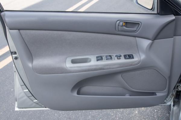 Used 2003 Toyota CAMRY LE LE