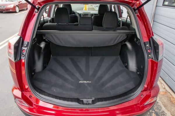Used 2018 Toyota RAV4 LE LE