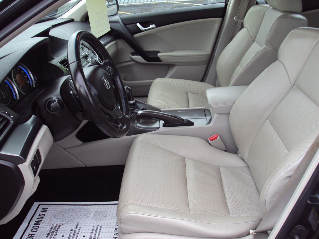 Used-2011-ACURA-TSX-TECH-Tech