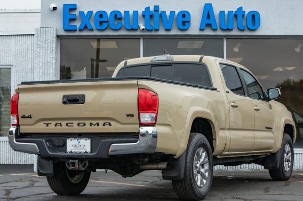 Used 2017 Toyota TACOMA SR5 DOUBLE CAB SR5