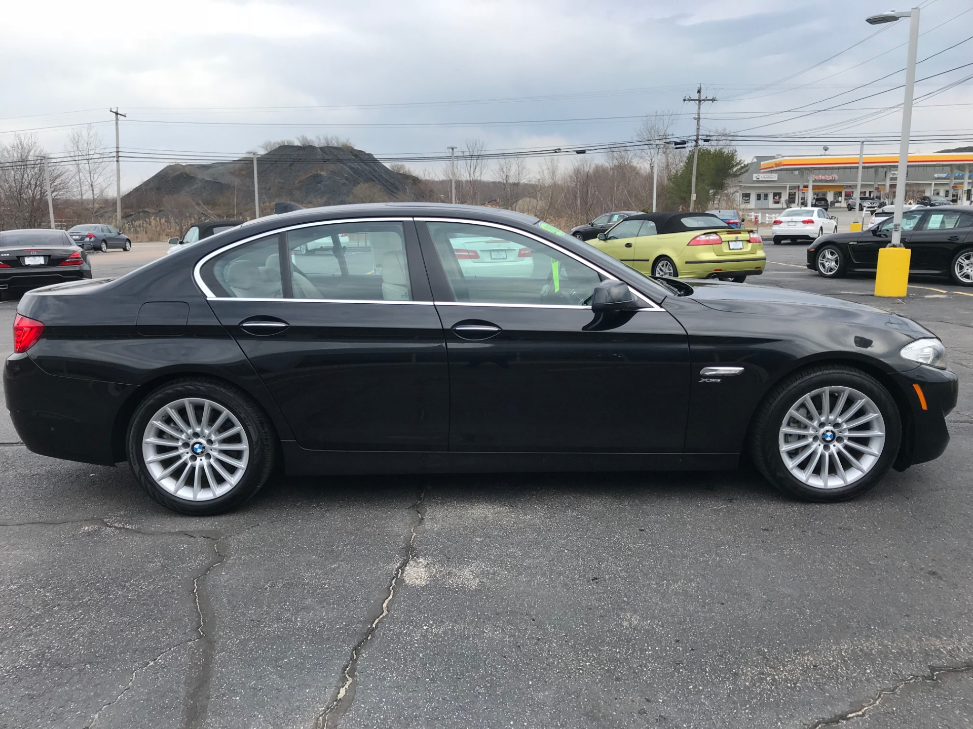 Used-2011-BMW-535-XI-XI-Used-Mazdas-Gurnee