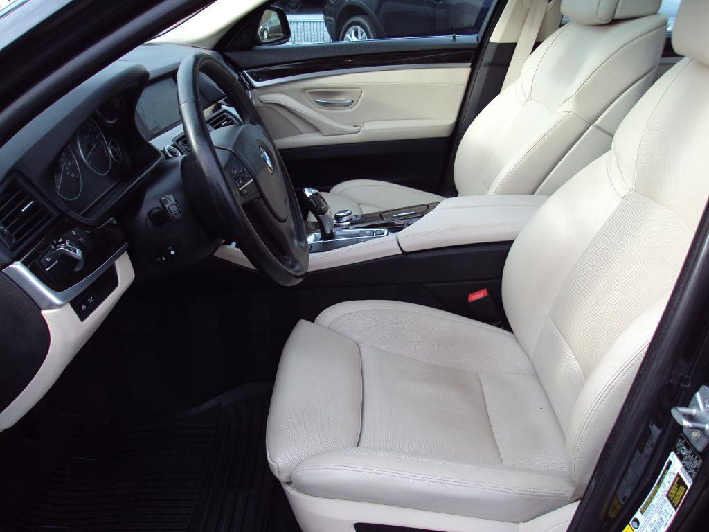 Used-2011-BMW-535-XI-XI-New-Mercedes-Benz
