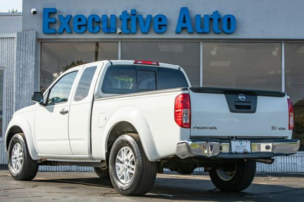 Used 2016 NISSAN FRONTIER SV Extra Cab