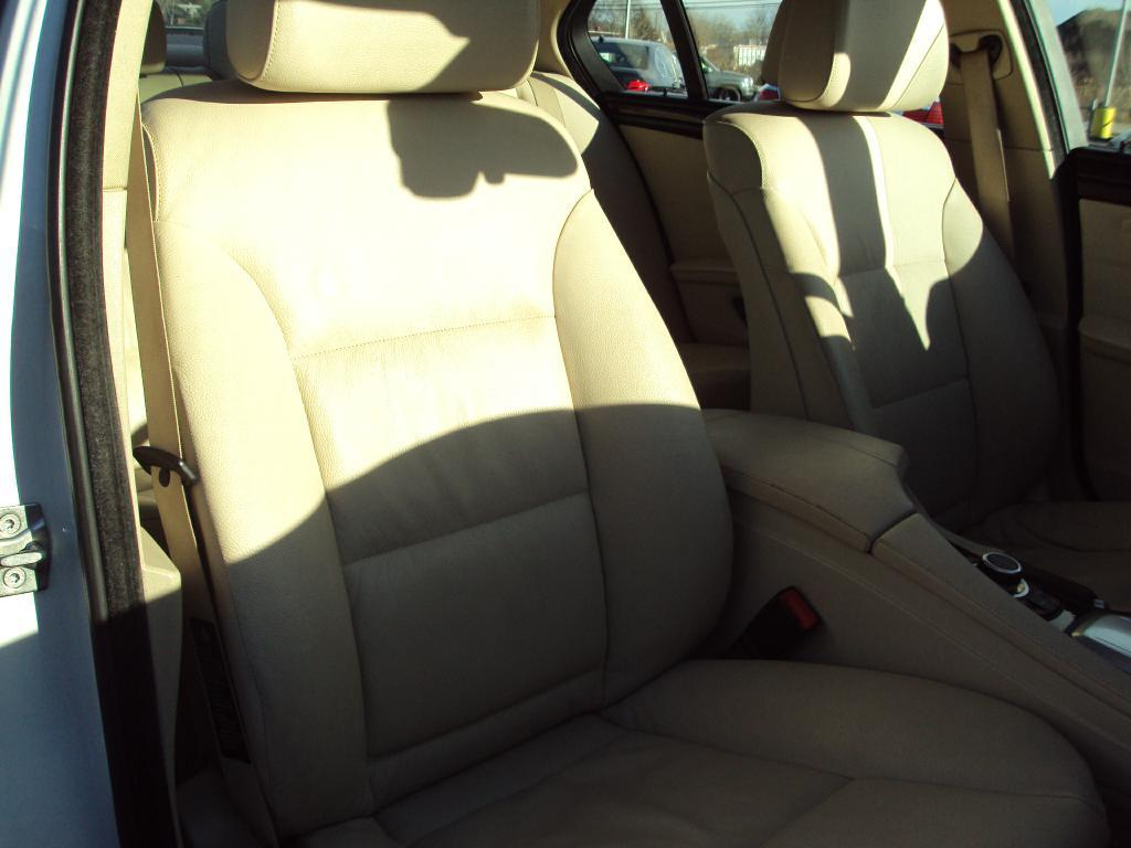 Used-2010-BMW-528-XI-XI