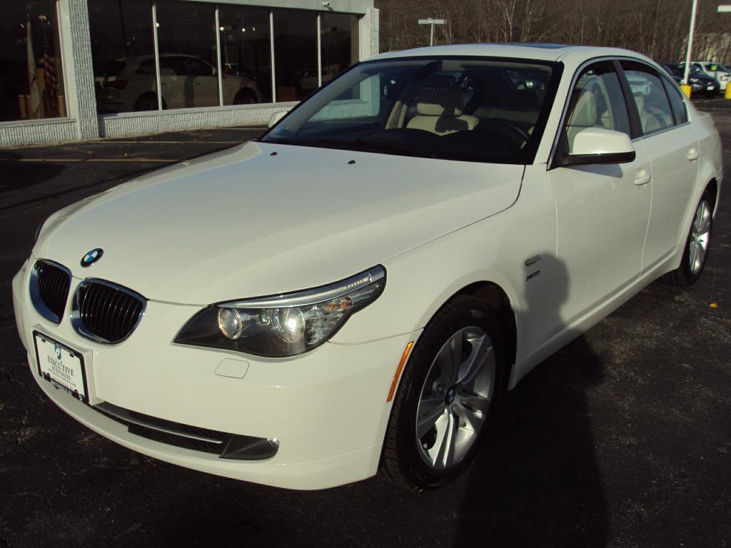 Used-2010-BMW-528-XI-XI-Used-Mazdas-Gurnee