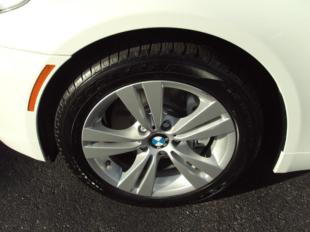 Used-2010-BMW-528-XI-XI-Chevrolet-Dealer-Vernon-Hills