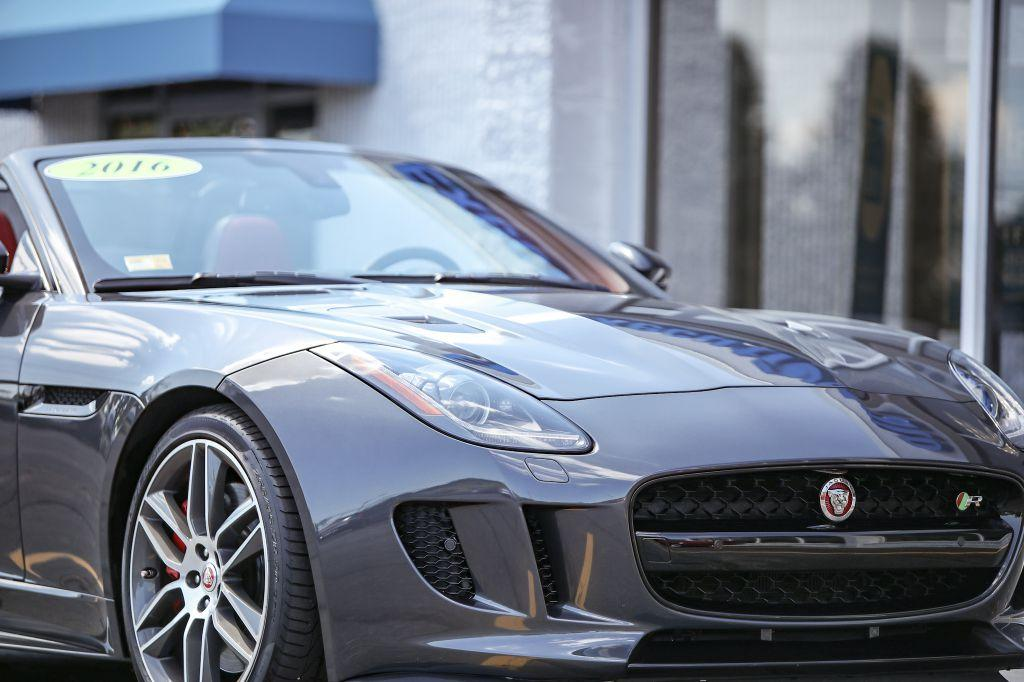 Used-2016-JAGUAR-F-TYPE-R-R