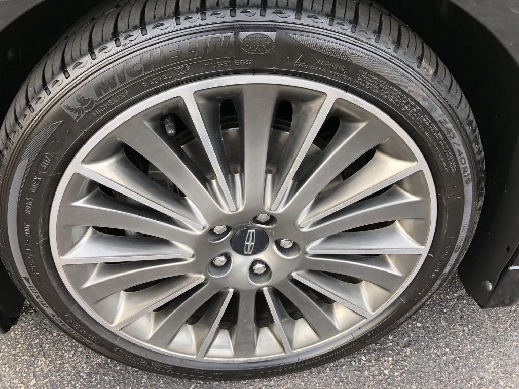 Used 2013 Lincoln Mkz Awd For Sale 16 750 Executive