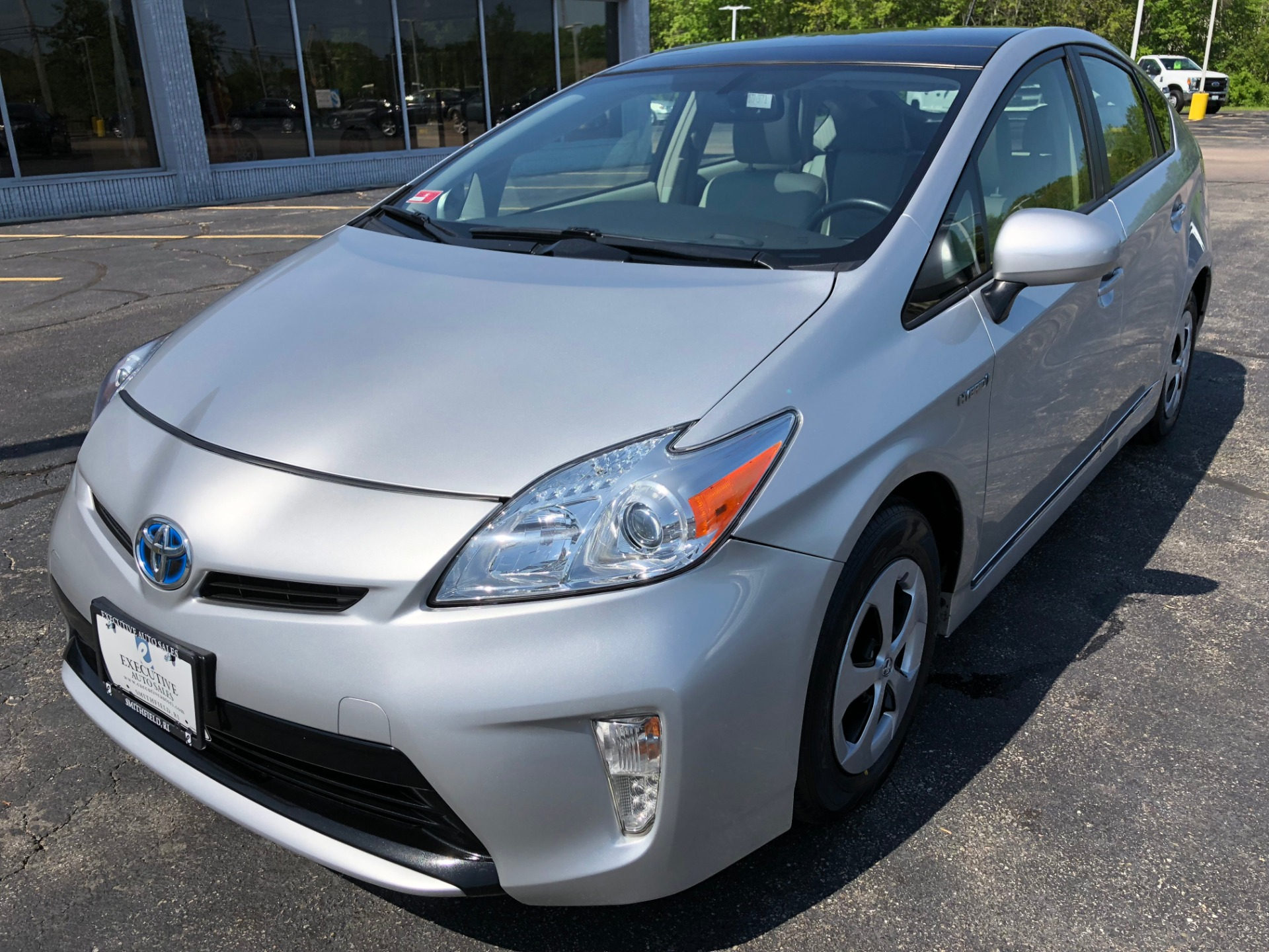 Used-2014-Toyota-PRIUS-IV