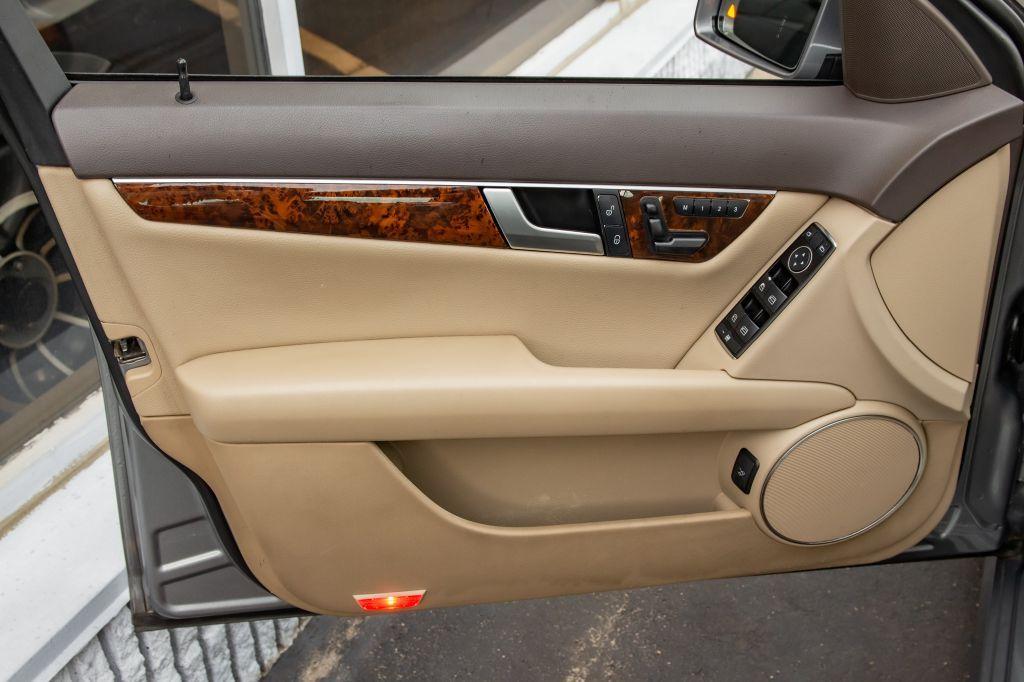 Used-2013-Mercedes-Benz-C-CLASS-C300-4MATIC