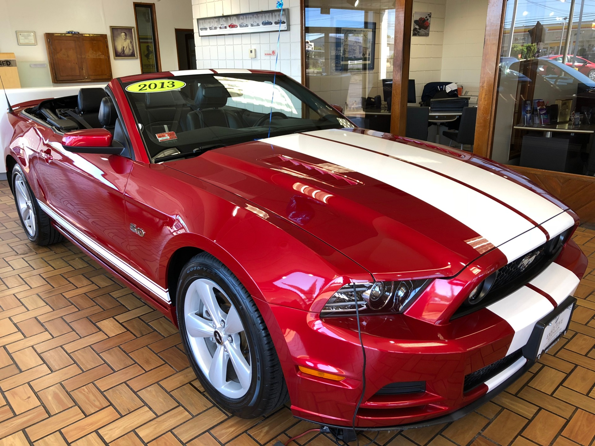 Used 2013 ford mustang gt gt
