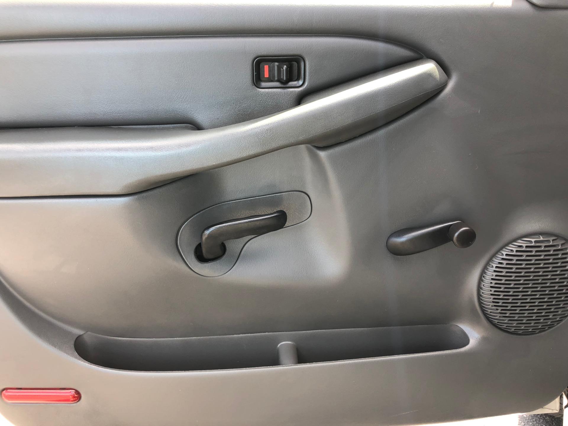 Used-2004-CHEVROLET-SILVERADO-1500