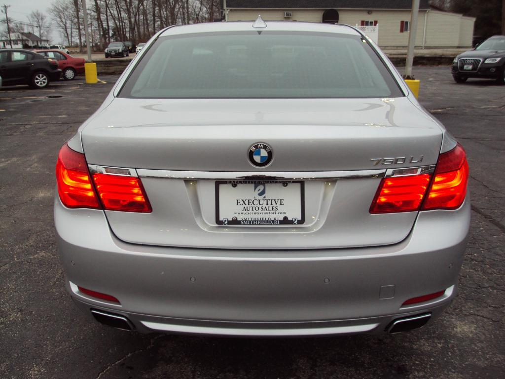 Used-2011-BMW-750-LI-X-DRIVE-sedan-New-Mercedes-Benz