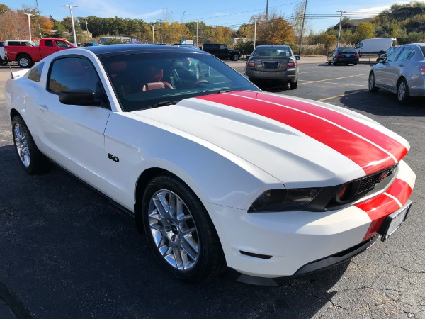 Used-2011-FORD-MUSTANG-GT-GT