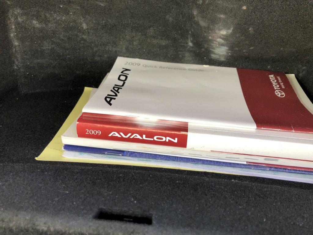 Used-2009-Toyota-AVALON-LTD-Limited