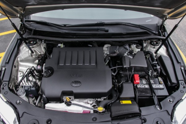 Used-2015-Toyota-AVALON-LTD-Limited