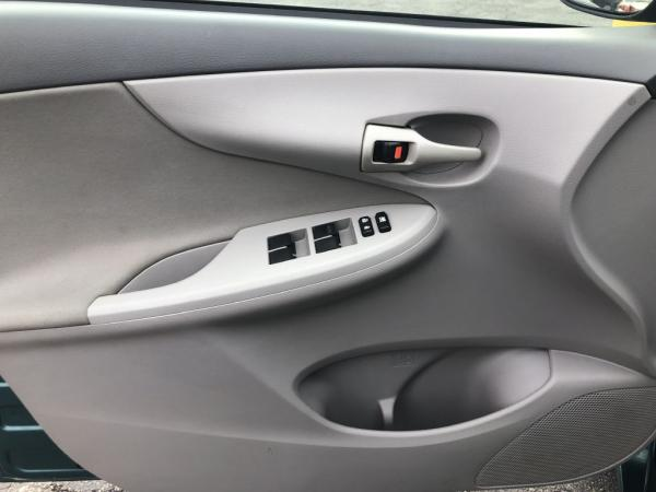 Used-2009-Toyota-COROLLA-LE-BASE
