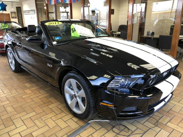 Used-2013-FORD-MUSTANG-GT-GT