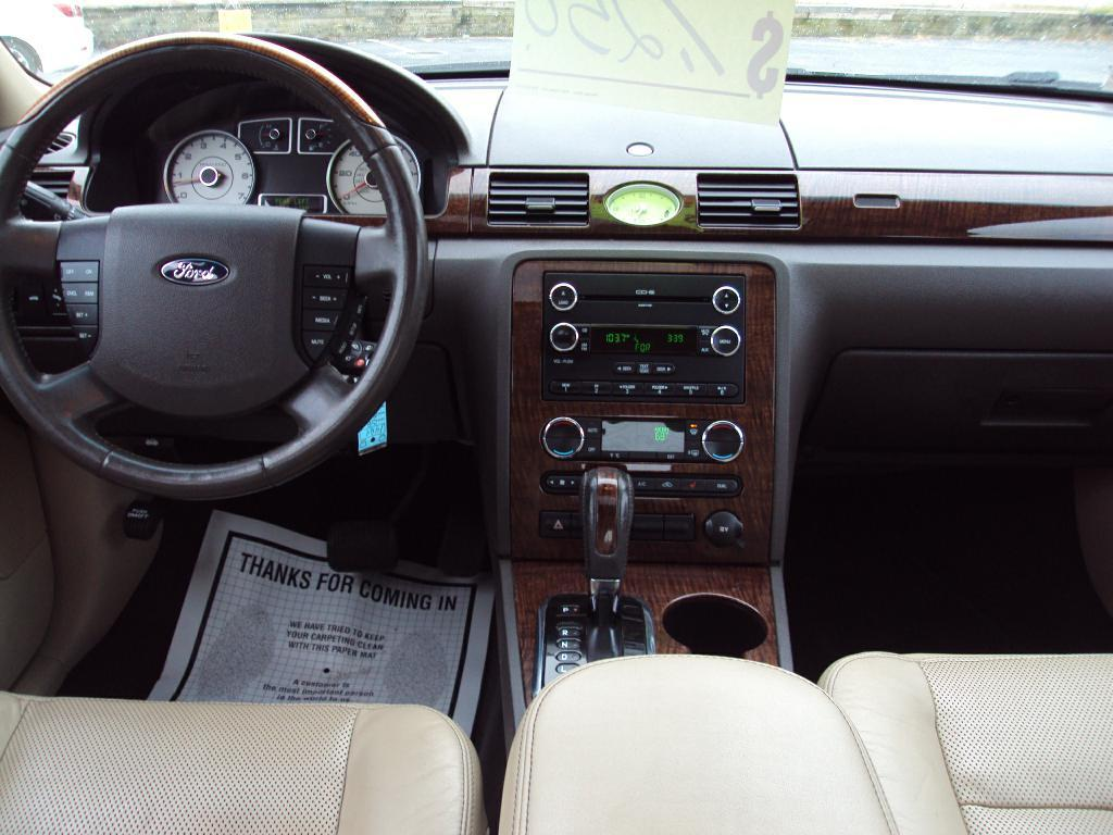 Used-2008-FORD-TAURUS-LTD-AWD-LIMITED-New-cars-for-sale-Gurnee