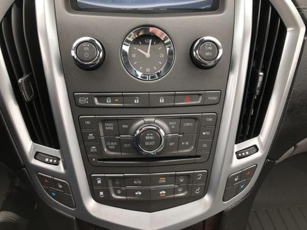 Used-2011-CADILLAC-SRX-LUXURY-COLLECTION