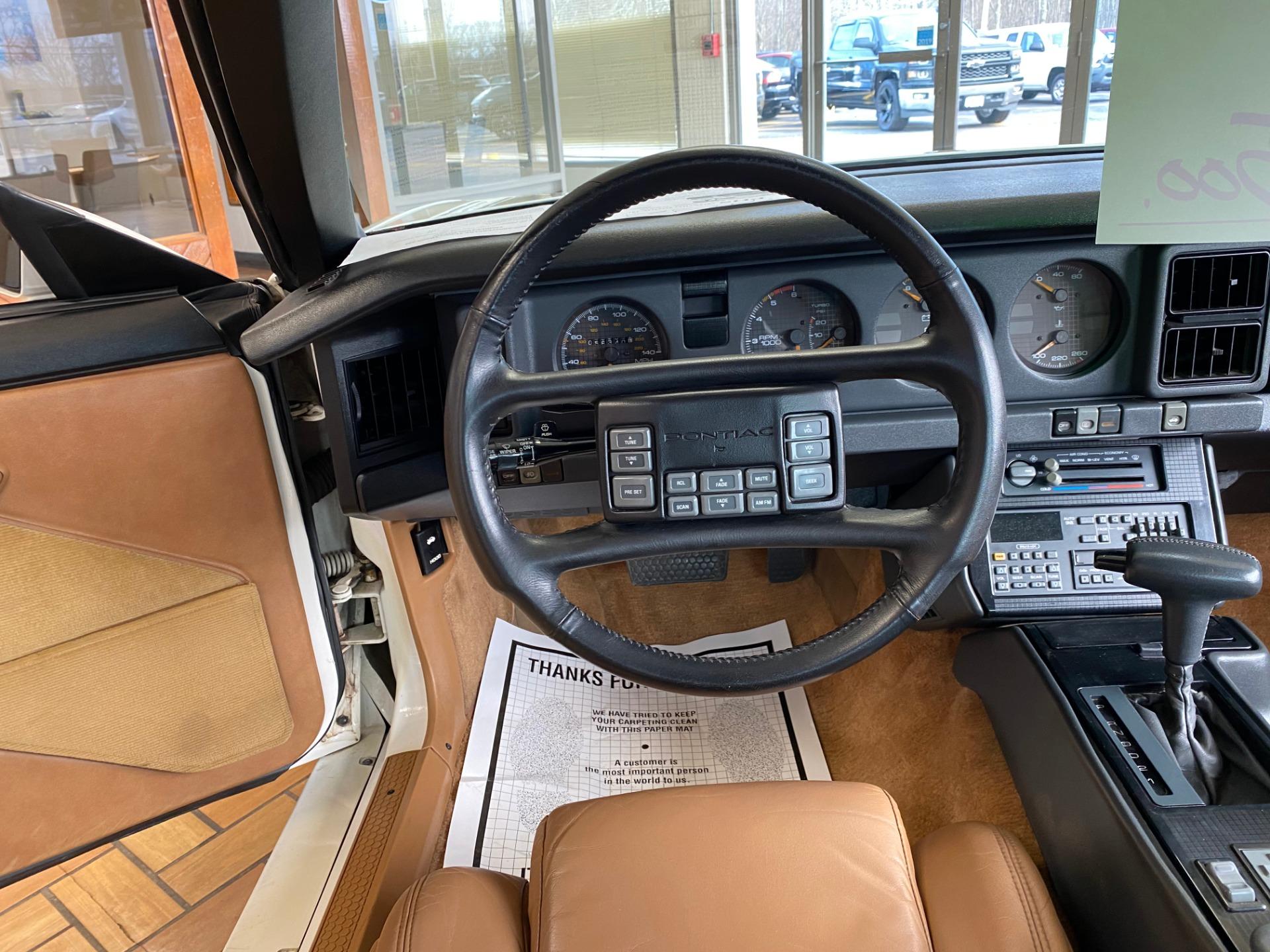 Used 1989 Pontiac Firebird Turbo Trans Am For Sale 23 888 Executive Auto Sales Stock 1748
