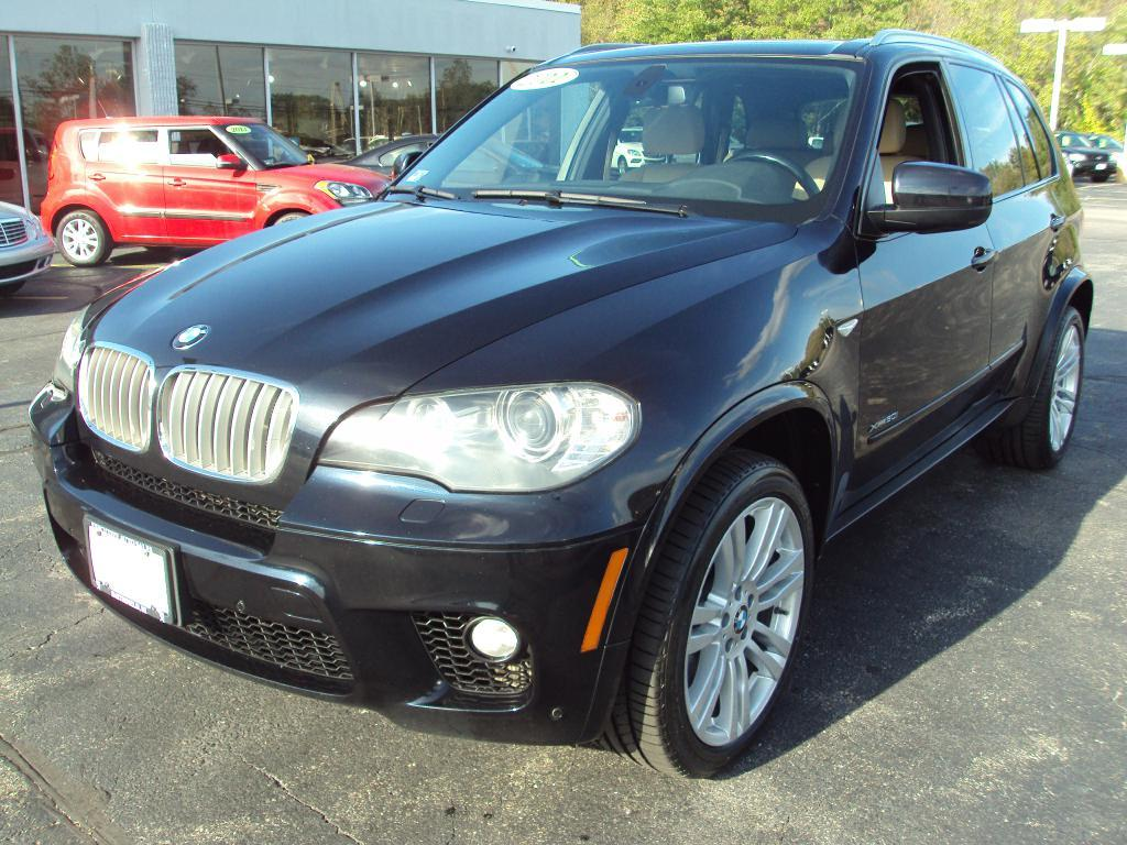 Used-2011-BMW-X5-XDRIVE50I-XDRIVE50I-Luxury-Cars-Lake-County