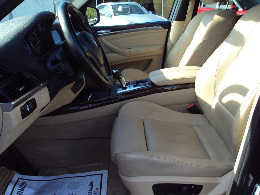 Used-2011-BMW-X5-XDRIVE50I-XDRIVE50I-New-cars-for-sale-Gurnee