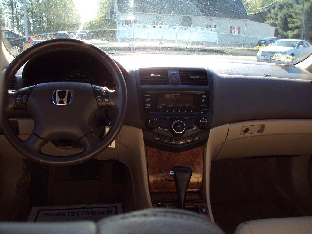Used-2004-HONDA-ACCORD-EXL-EX-l