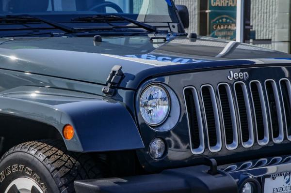 Used 2016 JEEP WRANGLER UNLIMI SAHARA