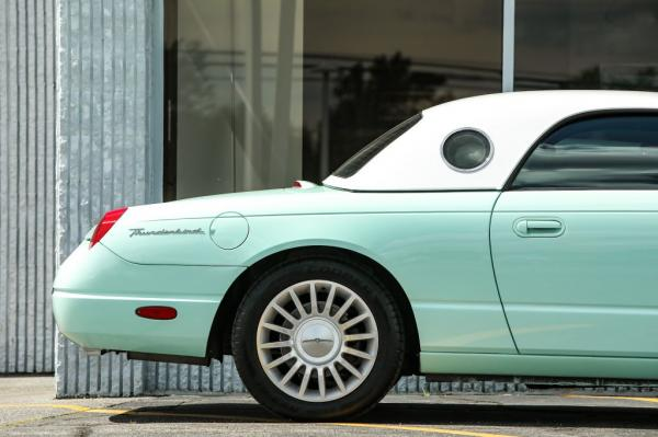 Used 2004 FORD THUNDERBIRD
