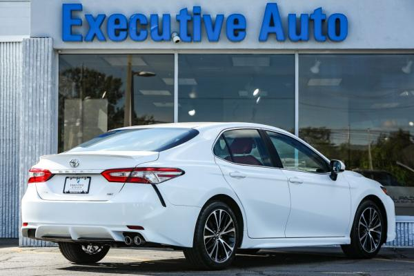 Used 2018 Toyota CAMRY SE L