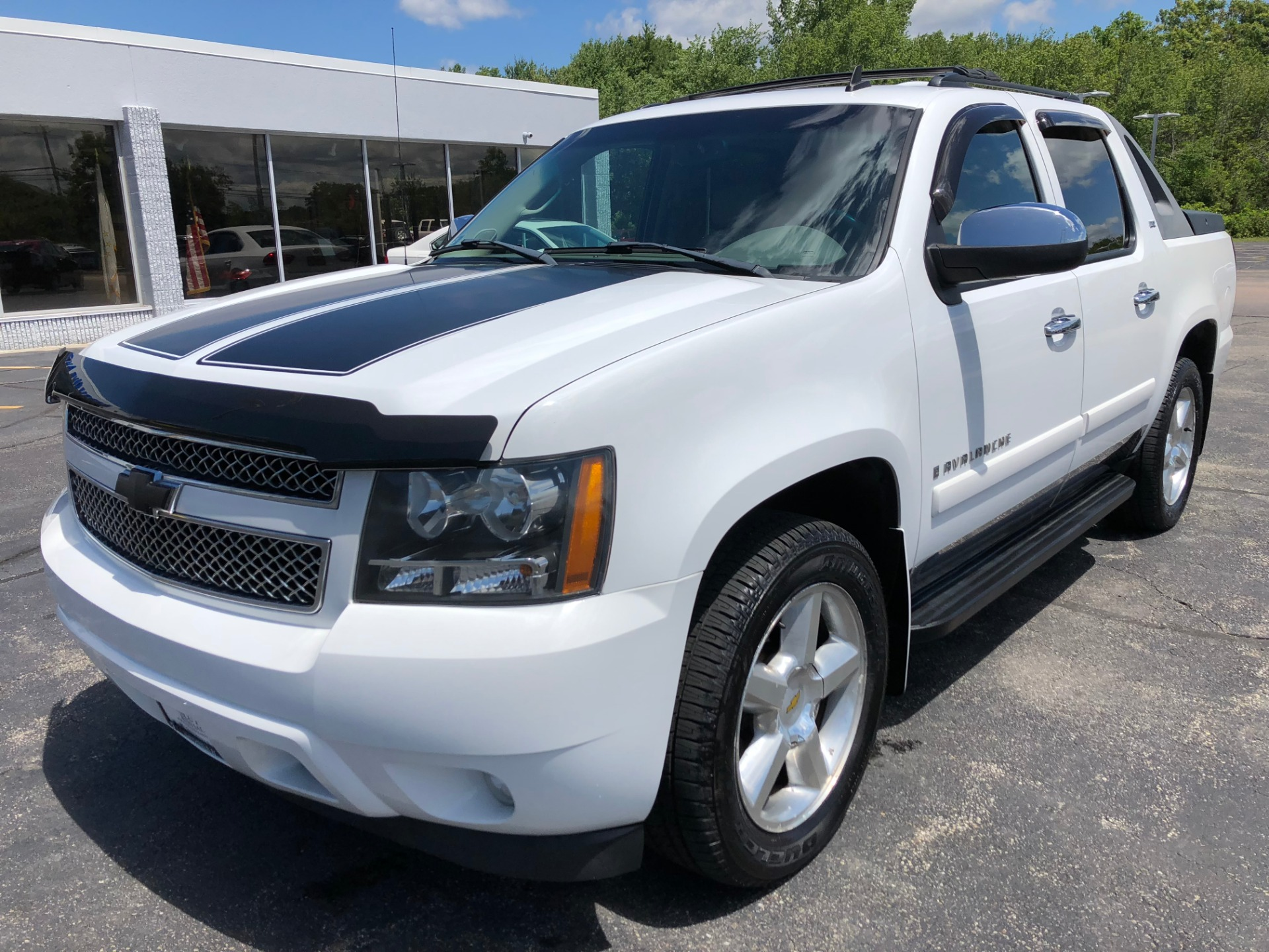 2008 chevrolet avalanche 1500 stock 1522 for sale near. Black Bedroom Furniture Sets. Home Design Ideas