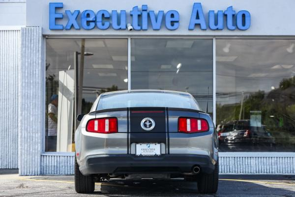 Used 2010 FORD MUSTANG coupe