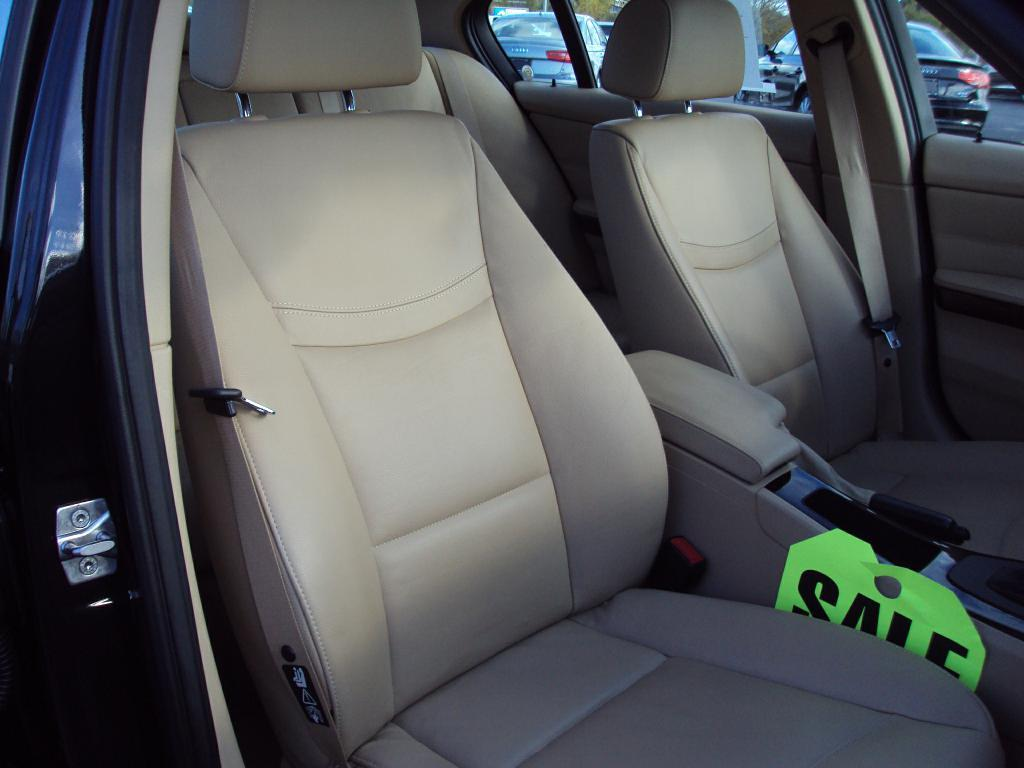 Used-2011-BMW-328-XI-XI-SULEV-Service-shop-Libertyville
