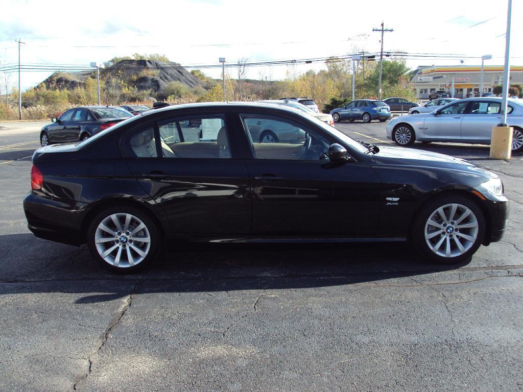Used-2011-BMW-328-XI-XI-SULEV-New-BMW-IL