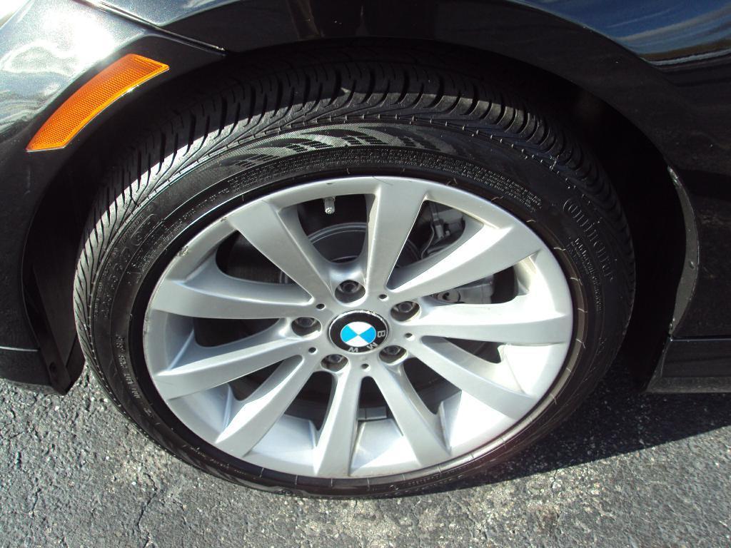 Used-2011-BMW-328-XI-XI-SULEV-Luxury-Cars-Lake-County