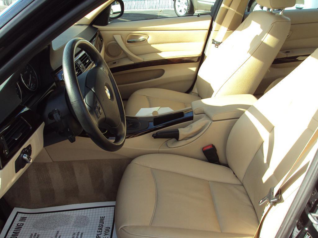 Used-2011-BMW-328-XI-XI-SULEV-Exotic-Cars-IL