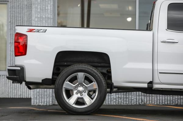 Used 2018 CHEVROLET SILVERADO 1500 LTZ