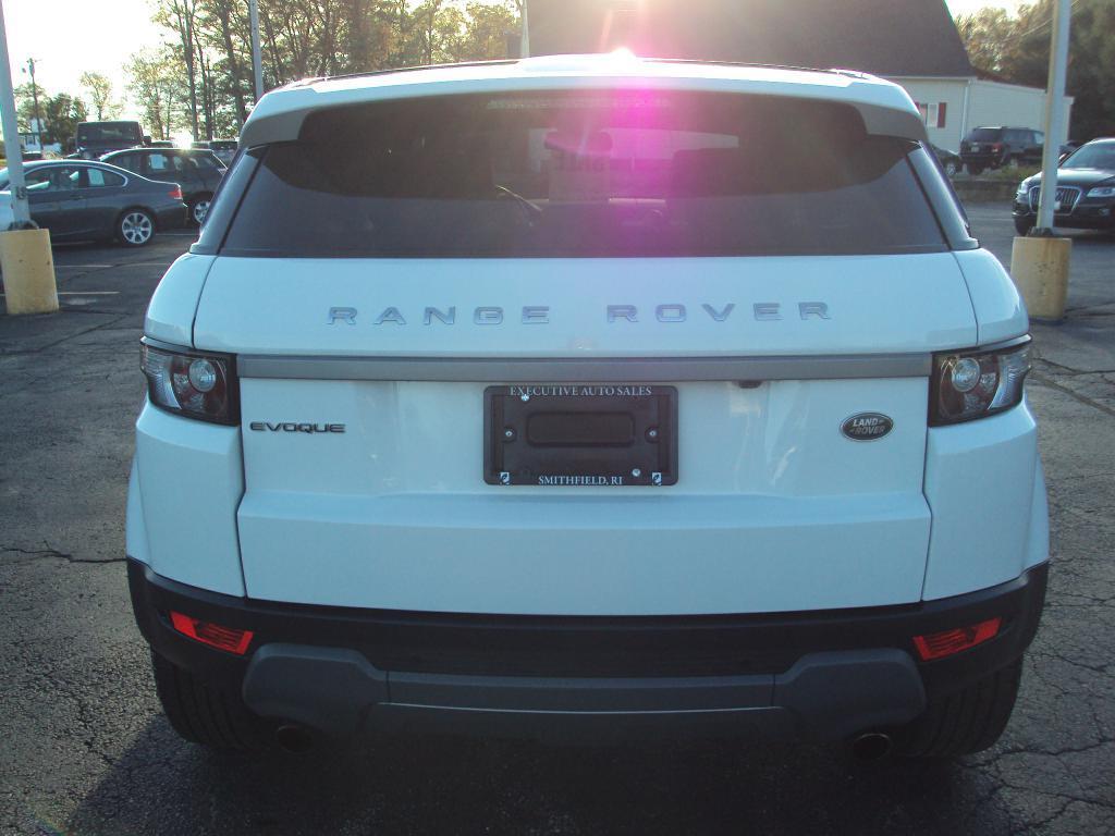 Used-2015-LAND-ROVER-RANGE-ROVER-EVO-PURE-PLUS
