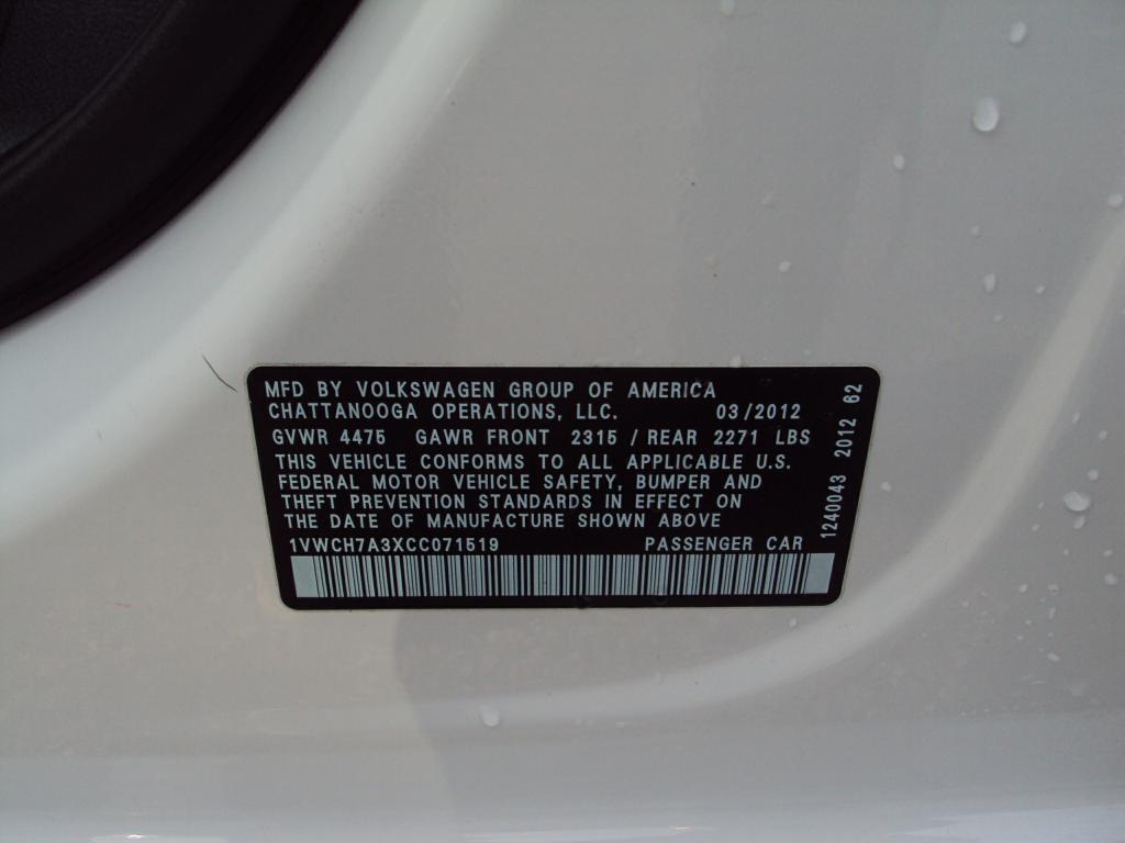 Used-2012-VOLKSWAGEN-PASSAT-SEL-SEL-Honda-for-sale-Highland-park