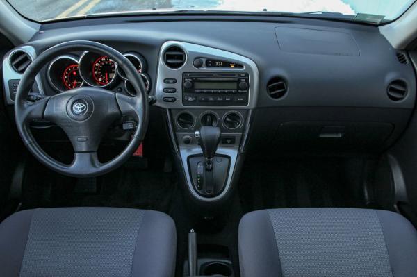 Used 2006 Toyota COROLLA MATRIX XR