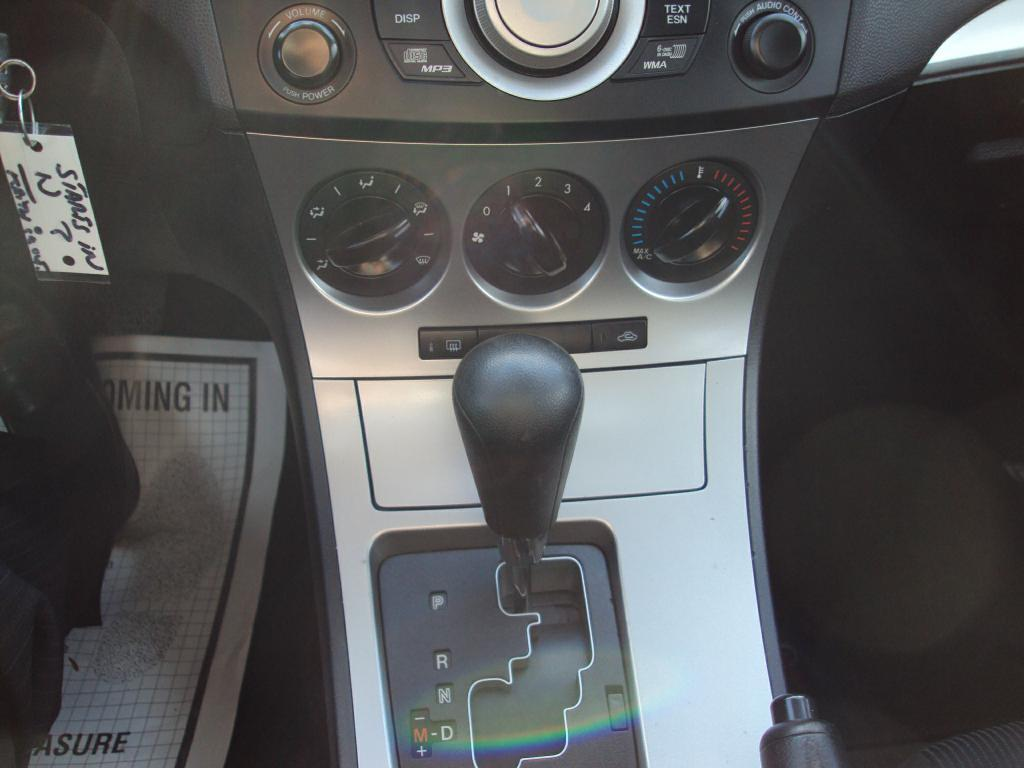 Used-2010-MAZDA-3-I-Lease-new-Toyota